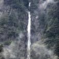 霧の御来光の滝2